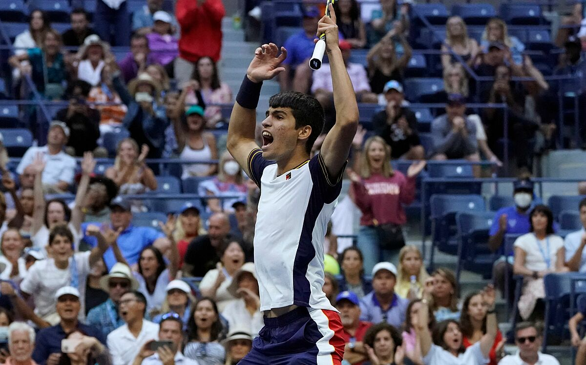 Alcaraz lần đầu vào vòng bốn Grand Slam. Ảnh: Twitter