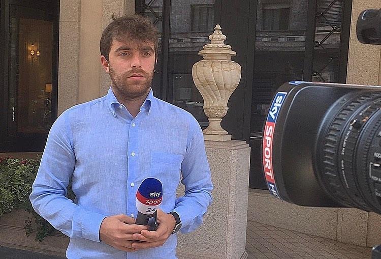 Mạng lưới nguồn tin rộng khắp giúp Romano có tin tức chính xác gần như tuyệt đối so với nhiều chuyên gia tin chuyển nhượng khác. Ảnh: Facebook / Fabrizio Romano