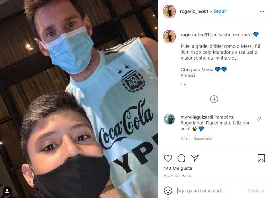 เซลฟี่กับเมสซี่ถูกแชร์โดย Rogerio บน Instagram