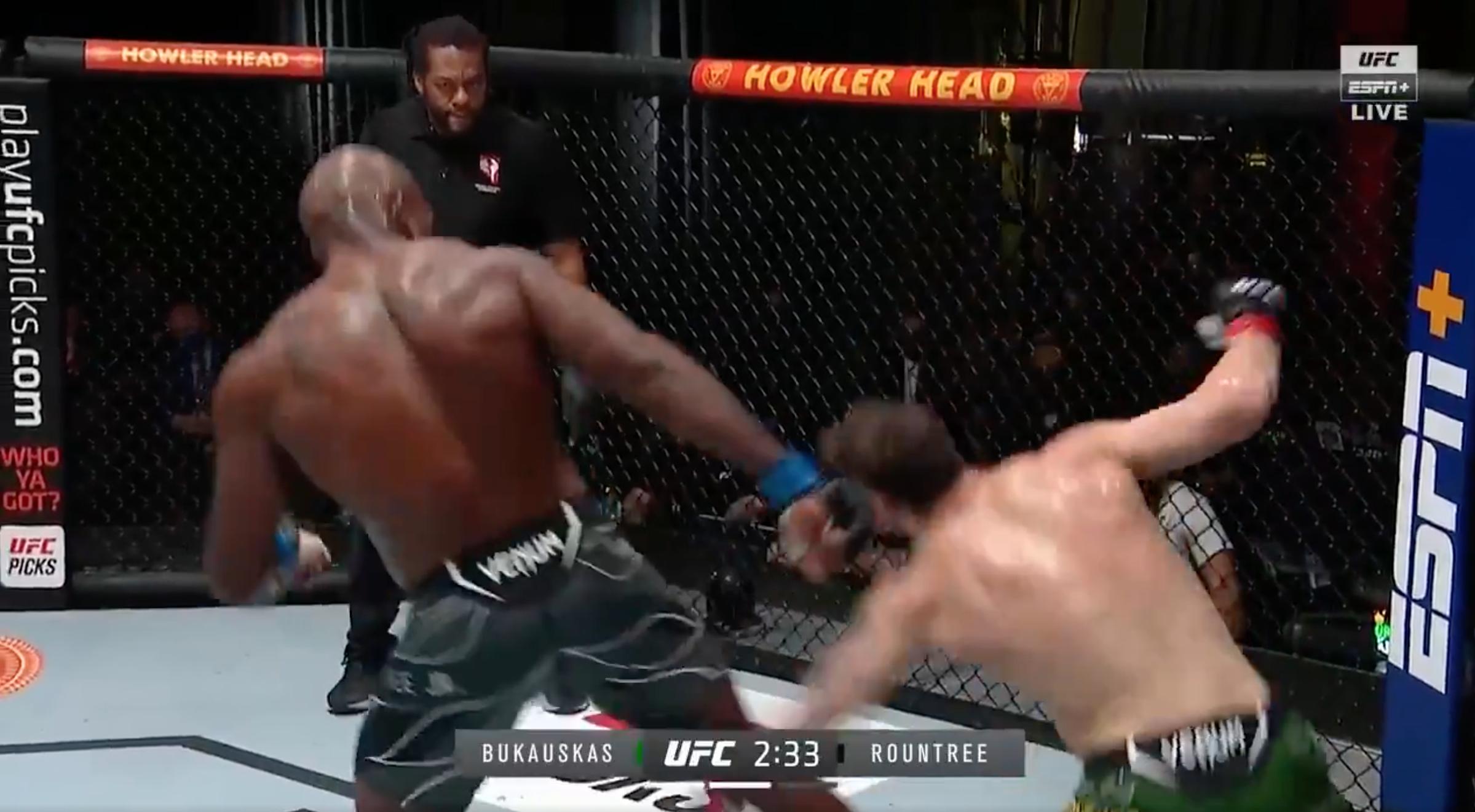 Roundtree's knock-out kick.