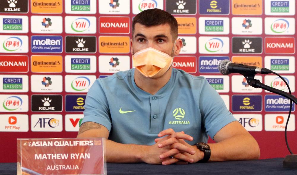 """ผู้รักษาประตู Mathew Ryan เป็นหนึ่งในผู้เล่นชาวออสเตรเลีย 21 คนที่เล่นในยุโรป  ภาพถ่าย: """"VFF ."""""""