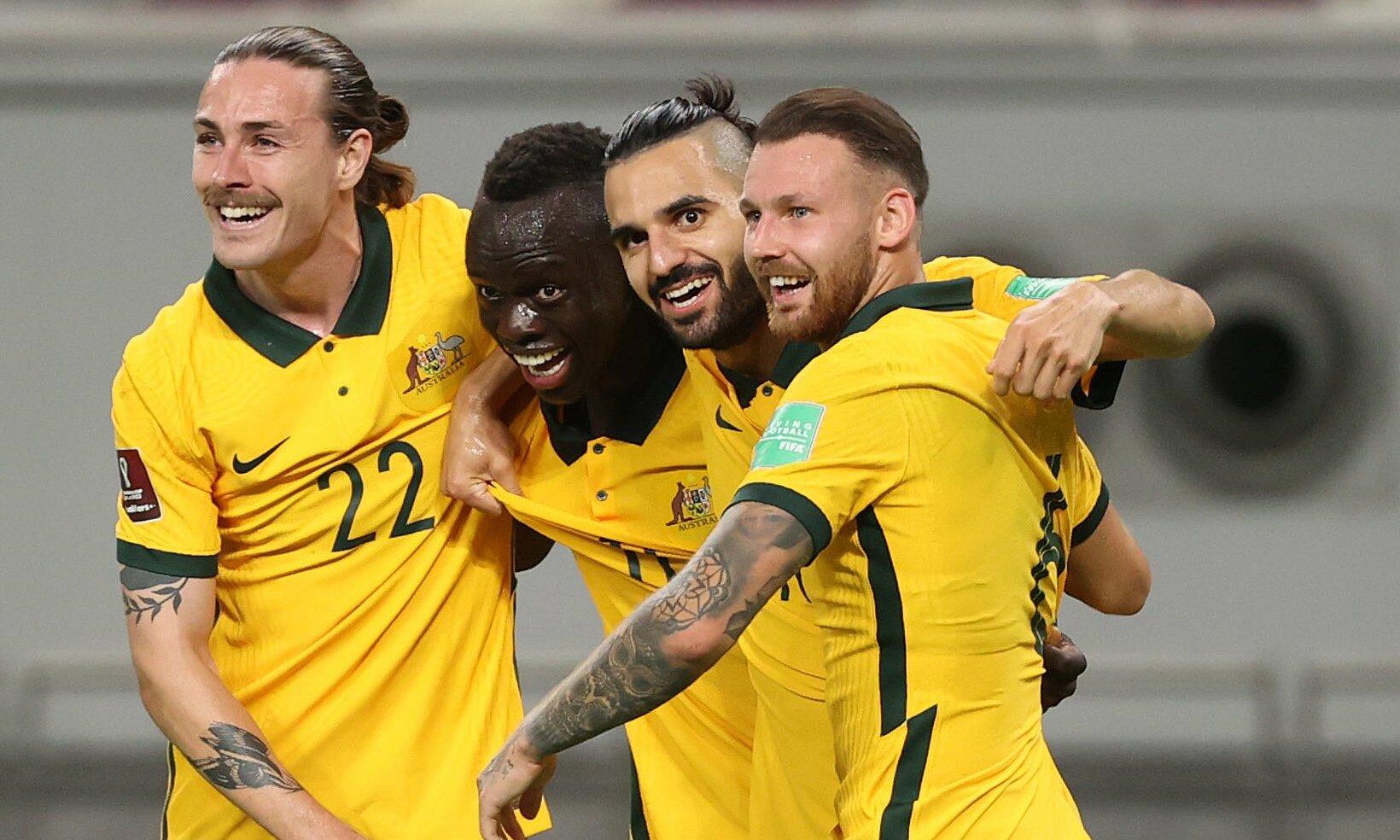 Cầu thủ Australia mừng bàn mở tỷ số vào lưới Trung Quốc, trong chiến thắng 3-0 hôm 2/9 tại Doha, Qatar. Ảnh: Socceroos