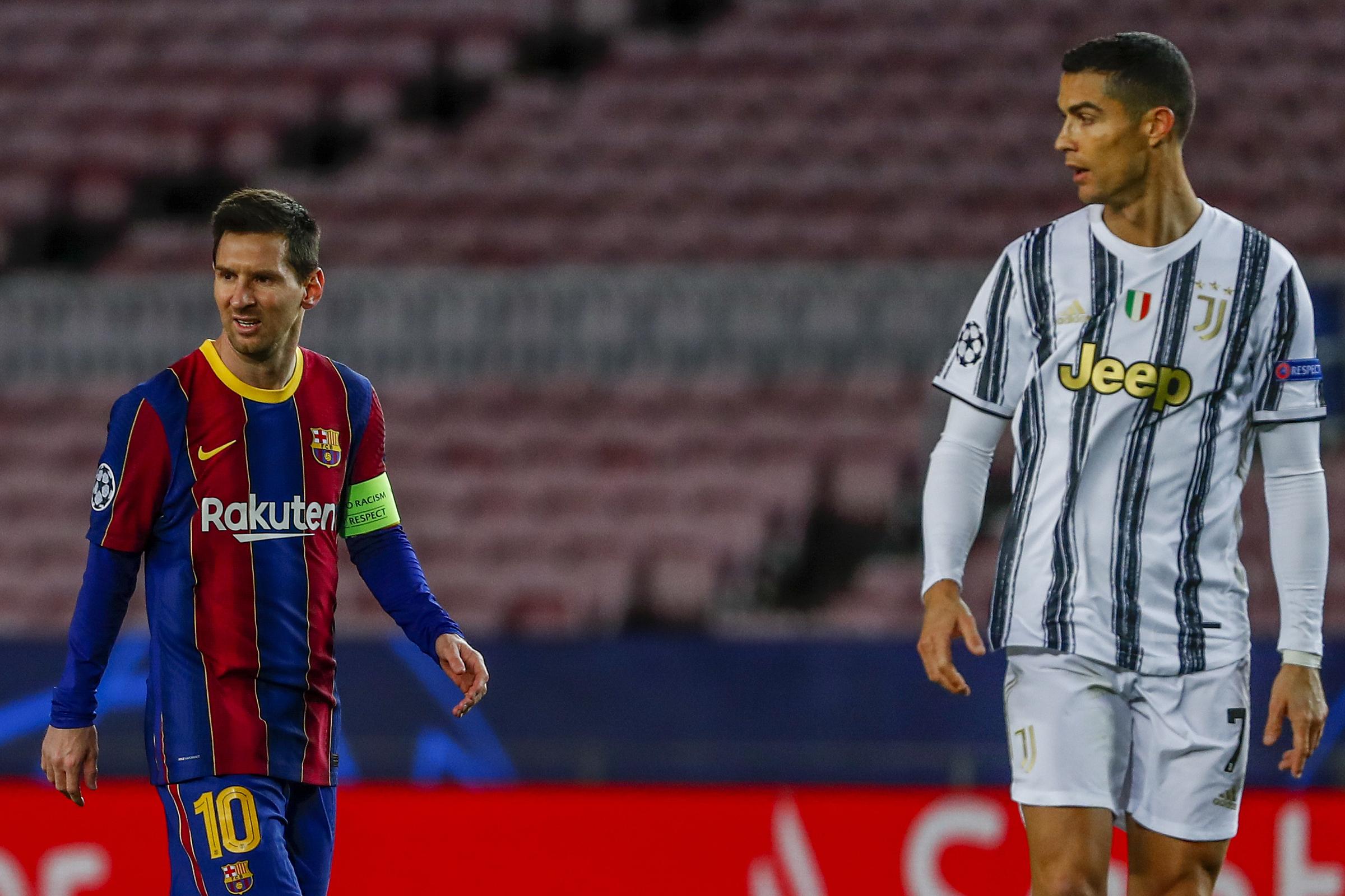 "Ronaldo และ Juventus เอาชนะ Barca ของ Messi 3-0 ที่ Camp Nou ในนัดสุดท้ายของรอบแบ่งกลุ่ม Champions League เมื่อวันที่ 8 ธันวาคม 2020  ภาพถ่าย: ""AP ."""