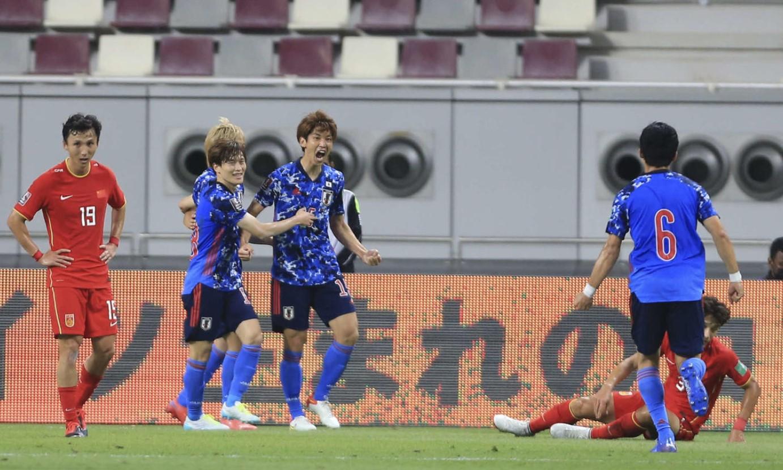 โอซาโกะช่วยให้ญี่ปุ่นชนะการแข่งขันฟุตบอลโลกปี 2020 รอบคัดเลือกรอบแรก ภาพ: นิกคาน