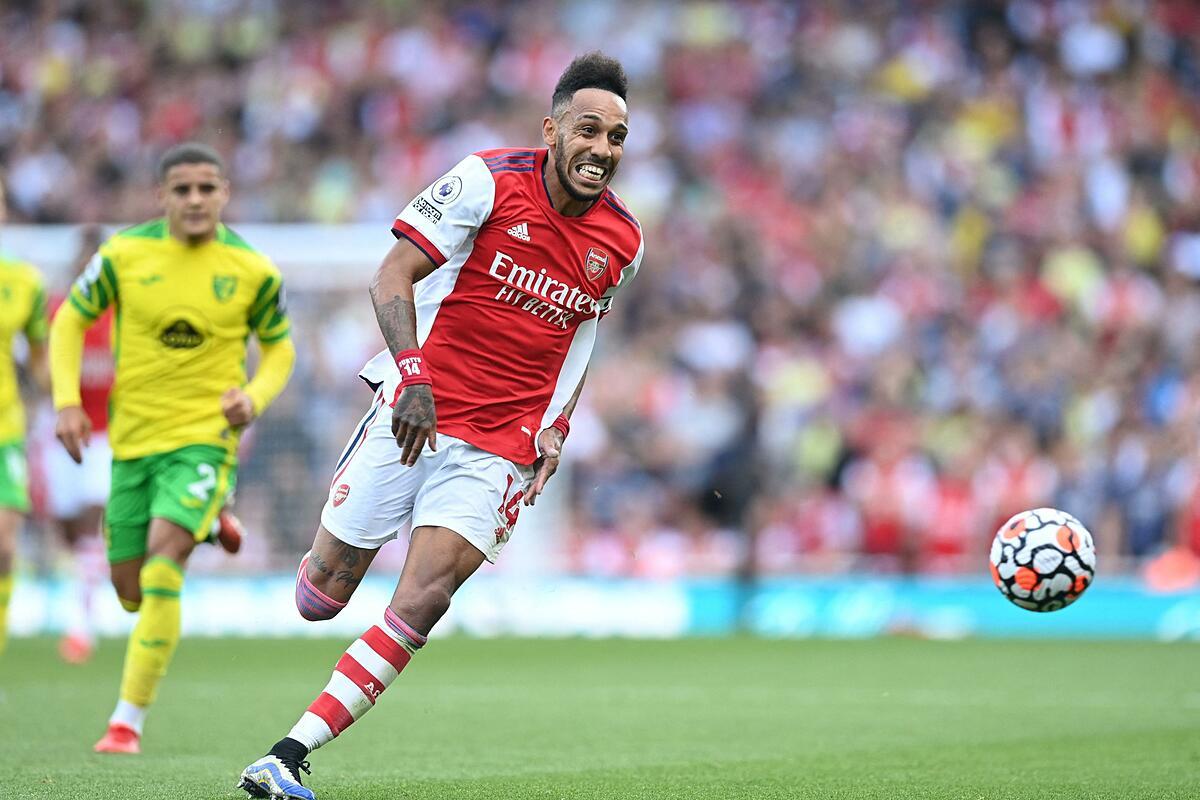Aubameyang ghi bàn đầu tiên cho Arsenal ở Ngoại hạng Anh 2021-2022. Ảnh: Reuters