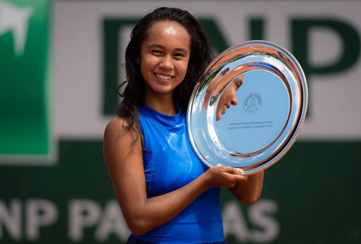 Fernandez vô địch Roland Garros trẻ năm 2019 khi 16 tuổi. Ảnh: WTA