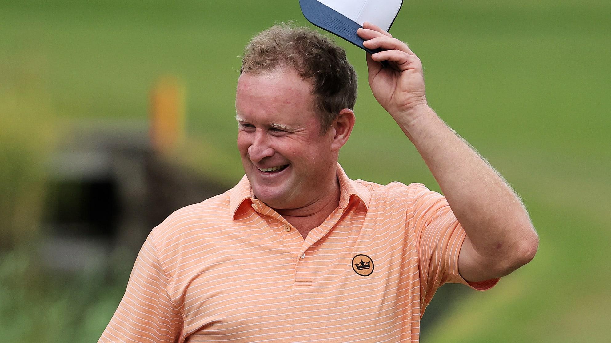 Jamie Donaldson là golfer đầu tiên sau 18 năm lập hattrick eagle tại BMW PGA Championship. Ảnh: European Tour