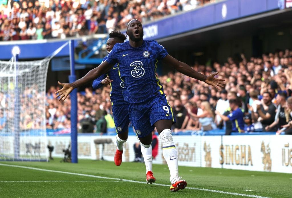 Lukaku lần đầu lập công cho Chelsea tại Stamford Bridge sau hơn 10 năm. Ảnh: AFP
