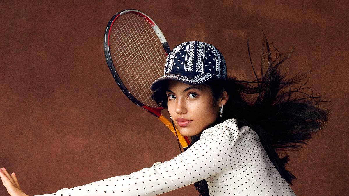 Raducanu được dự đoán đi theo con đường của Maria Sharapova. Ảnh: Vogue