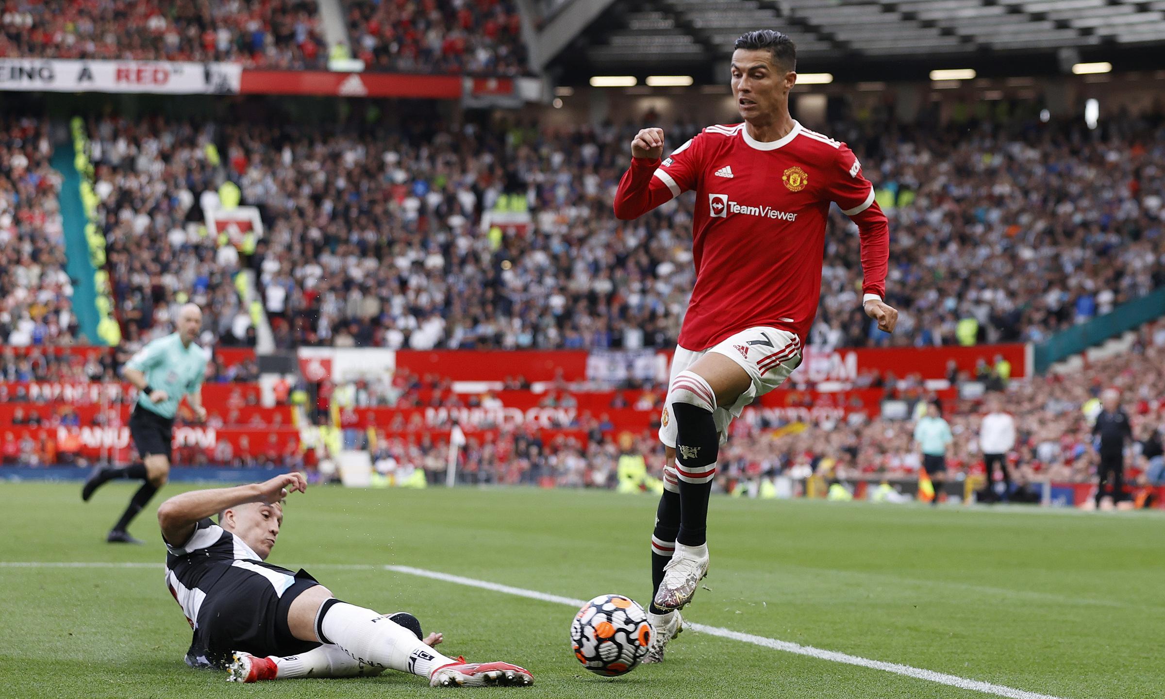 Màn ra mắt của Ronaldo lần thứ hai cho Man Utd được đánh giá cao. Ảnh: Reuters