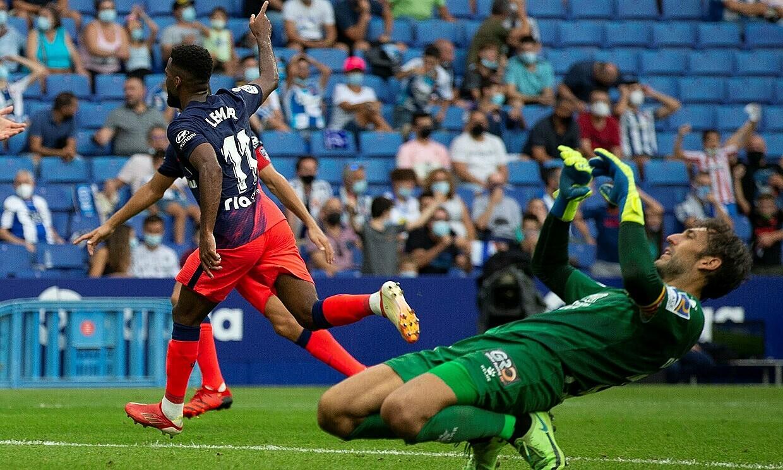 Lemar ghi bàn thắng quý như vàng, giúp Atletico giành ba điểm. Ảnh: EFE.