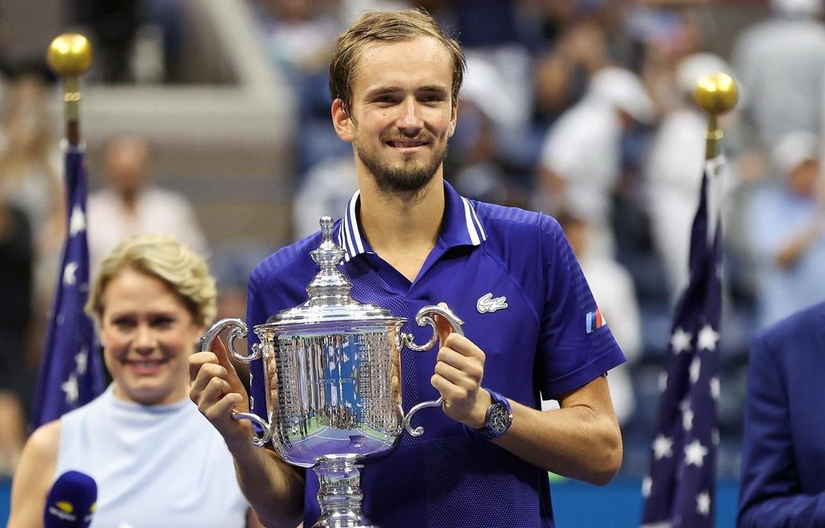 Medvedev là tay vợt đầu tiên của nhóm NextGen đoạt Grand Slam khi thắng một trong các Big 3. Ảnh: US Open