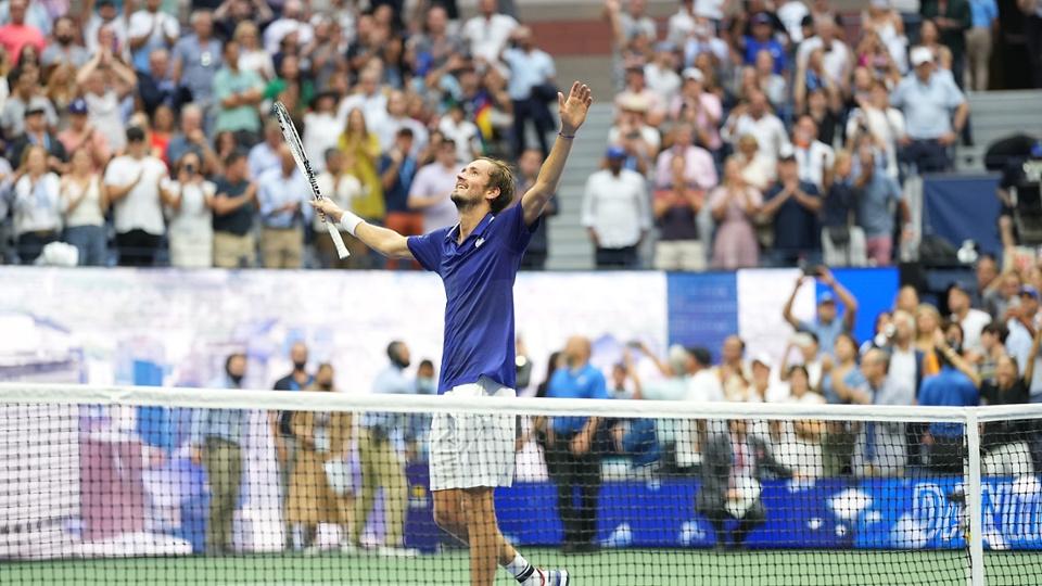 Medvedev chạm tới đỉnh cao sau ba lần vào chung kết Grand Slam. Ảnh: USTA