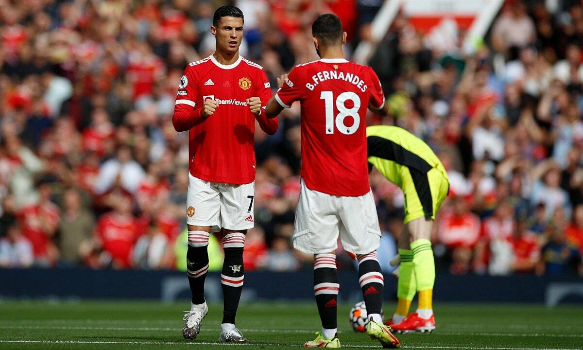 Ronaldo lập cú đúp trong trận ra mắt Man Utd lần hai gặp Newcastle. Ảnh: Reuters