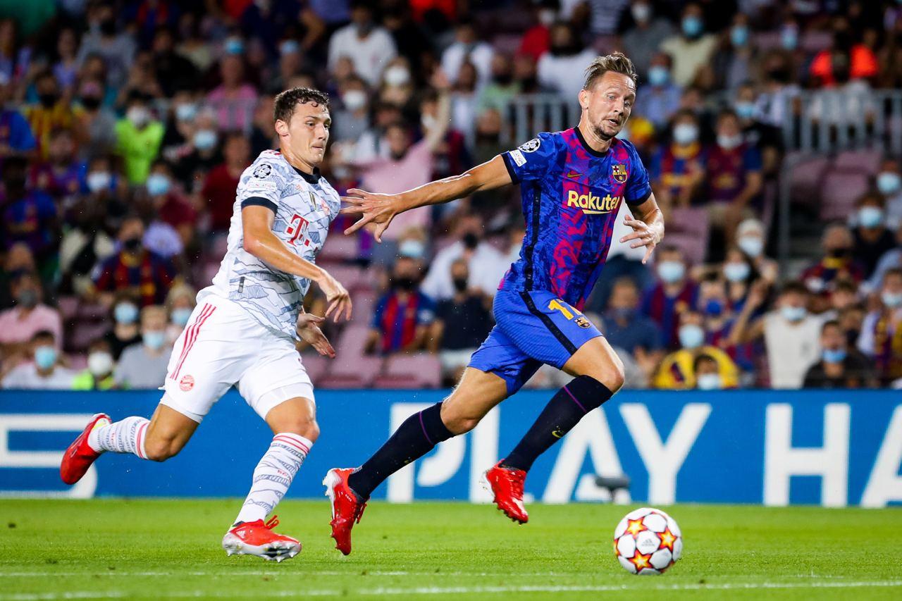 Không còn Messi, hàng công Barca với những Luuk de Jong (trong ảnh), Memphis Depay trở nên vô hại trước Bayern. Ảnh: Twitter / FC Barcelona