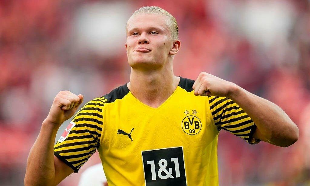 Haaland mừng bàn nâng tỷ số lên 2-0. Ảnh: Dortmund Buzz