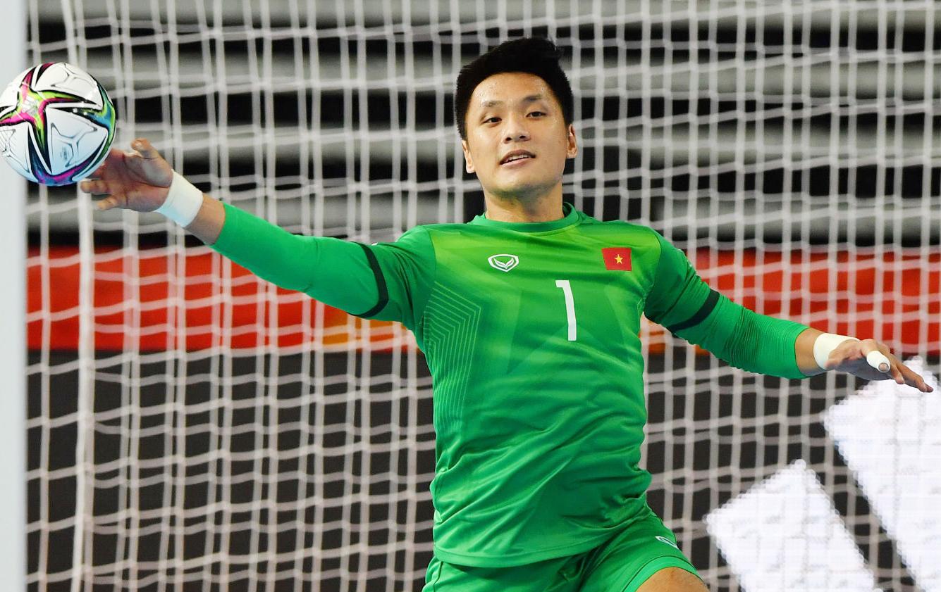 Thủ môn Hồ Văn Ý chơi xuất sắc góp công vào chiến thắng 3-2 của Việt Nam trước Panama. Ảnh: FIFA