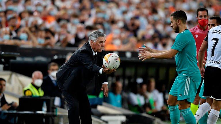 Những điều chỉnh kịp thời của Ancelotti giúp Real giành lại ba điểm. Ảnh: Reuters