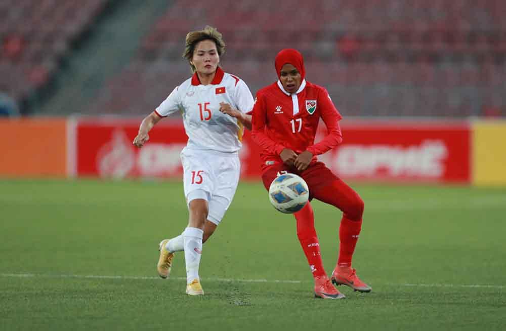 Tuyển nữ Việt Nam được thưởng 300 triệu đồng sau trận thắng Maldives 16-0.