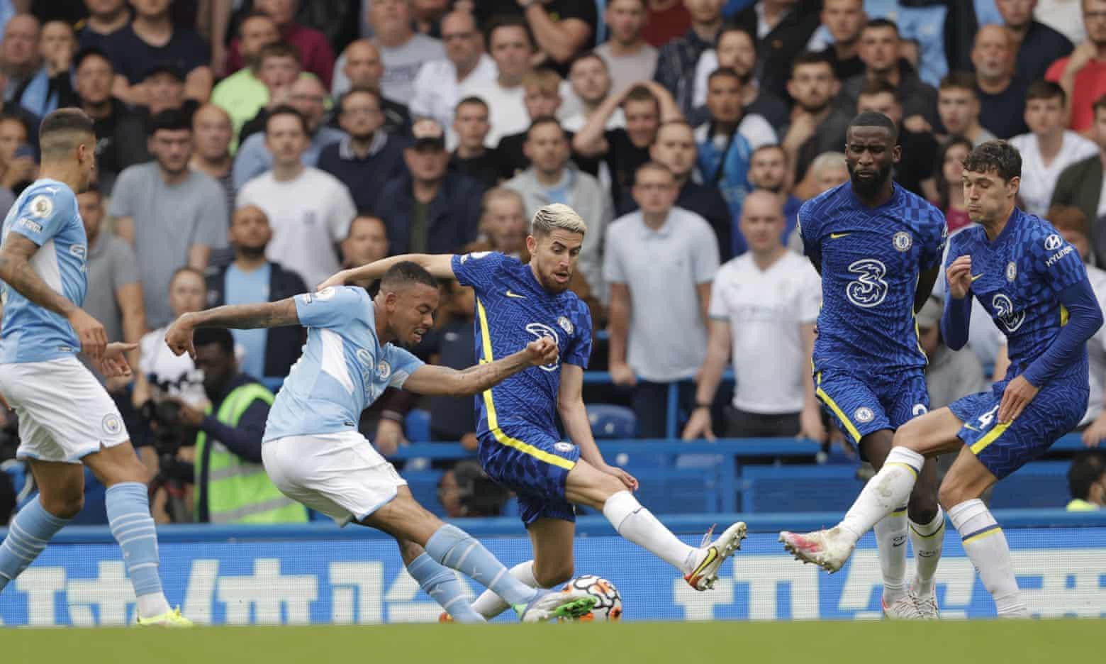 Jesus ghi bàn duy nhất giúp Man City hạ Chelsea 1-0 tại Stamford Bridge hôm 25/9. Ảnh: Guardian