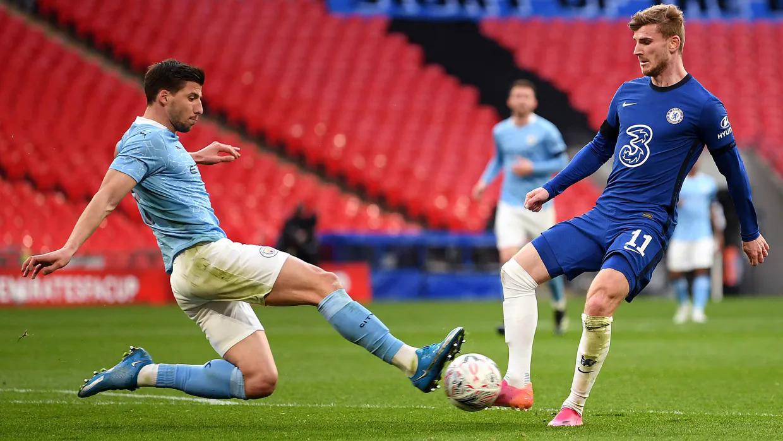 Chelsea sẽ là thử thách đầu tiên với Man City trong tuần lễ then chốt tới đây. Ảnh: The FA
