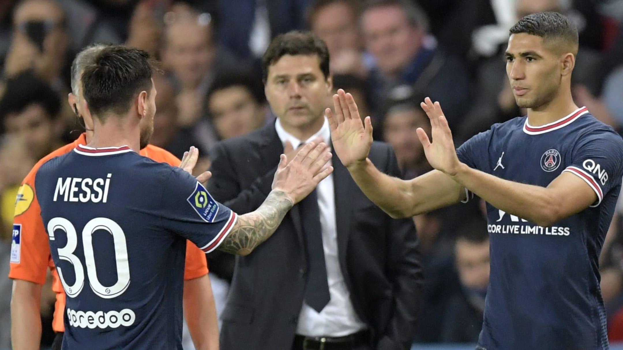Hakimi vào thay Messi trong trận PSG thắng Lyon 2-1 trên sân nhà Parc des Princes hôm 19/9. Ảnh: ANP Sport