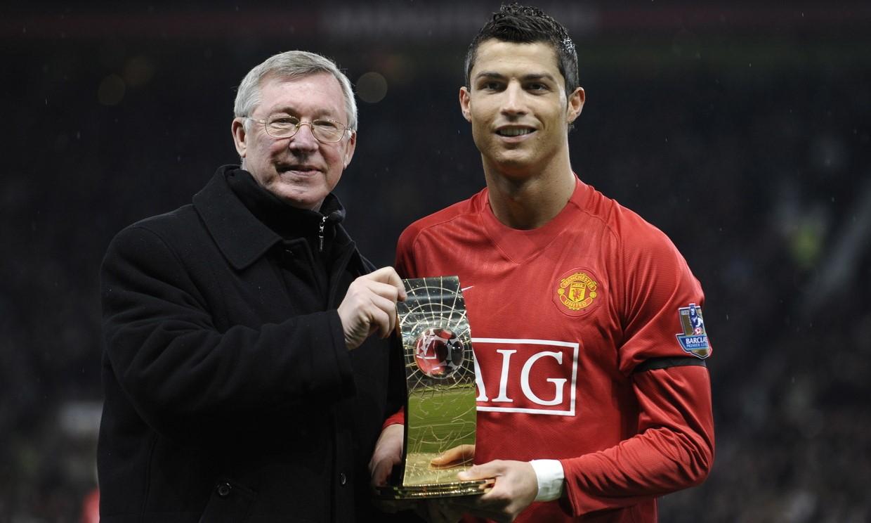 Ferguson phấn khích với sự trở lại của Ronaldo tại Man Utd. Ảnh: Reuters.