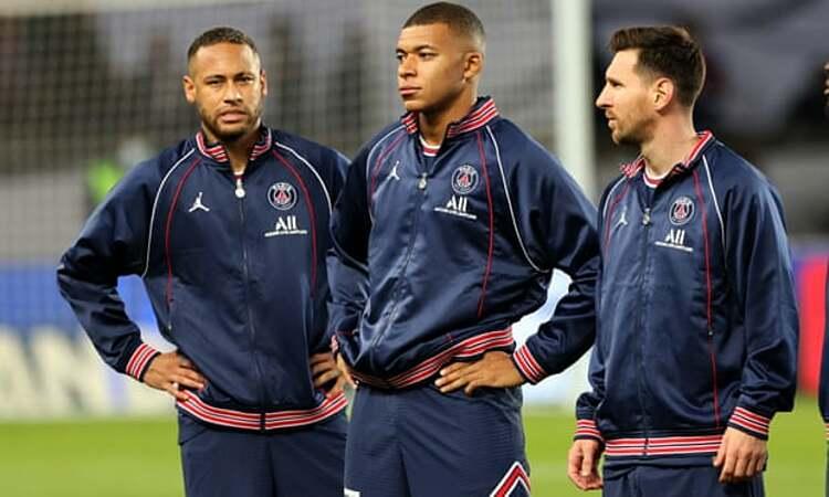 Neymar (trái), Mbappe và Messi (phải) có sứ mệnh mang Champions League về cho PSG. Ảnh: Shutterstock