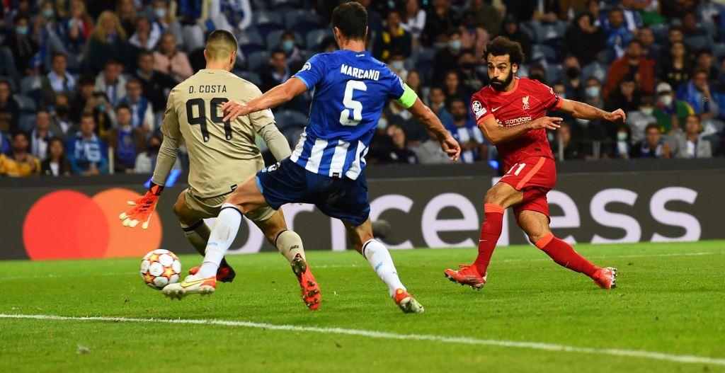 Salah ghi bàn trong trận Liverpool thắng chủ nhà Porto 5-1 tại Champions League hôm 29/9. Ảnh: AFP