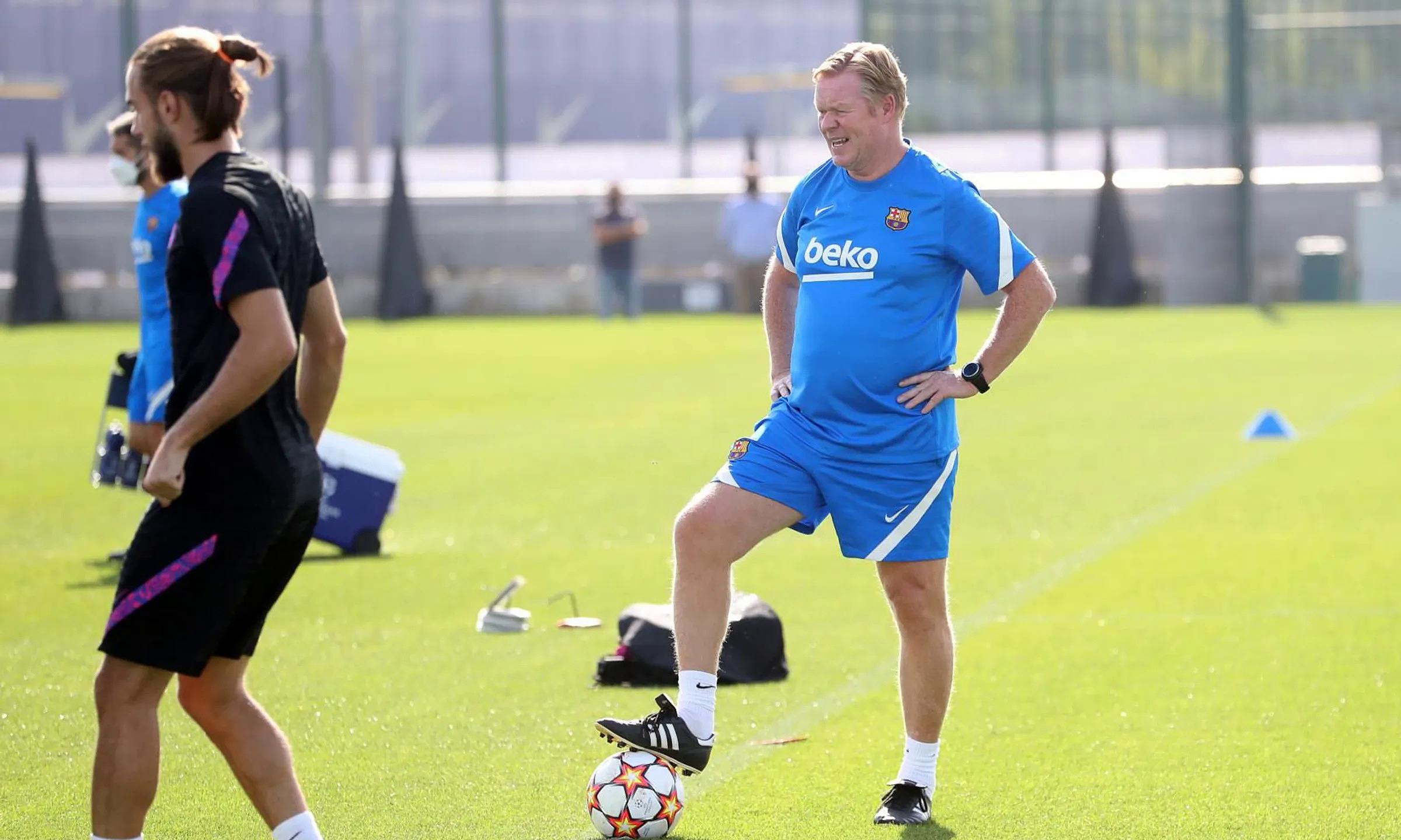 Koeman đang hứng nhiều chỉ trích ở Barca. Ảnh: FCB