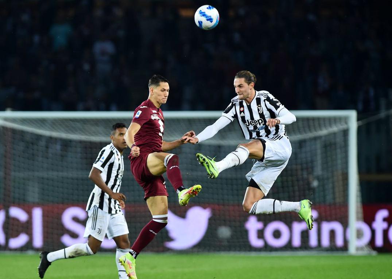 Juventus chơi tệ trong hiệp một nhưng hiệp hai xuất sắc để giành chiến thắng trong trận derby với Torino. Ảnh: AFP