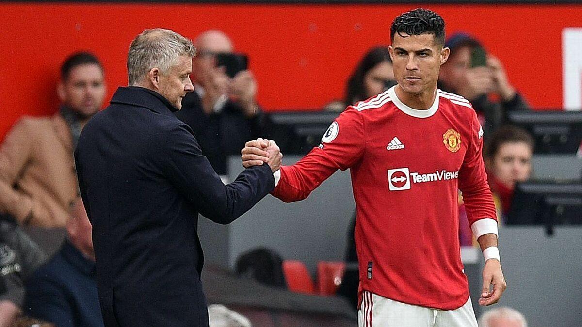 Ronaldo ghi năm bàn sau sáu trận cho Man Utd nhưng được cho là chưa hài lòng với lối chơi của đội. Ảnh: Metro