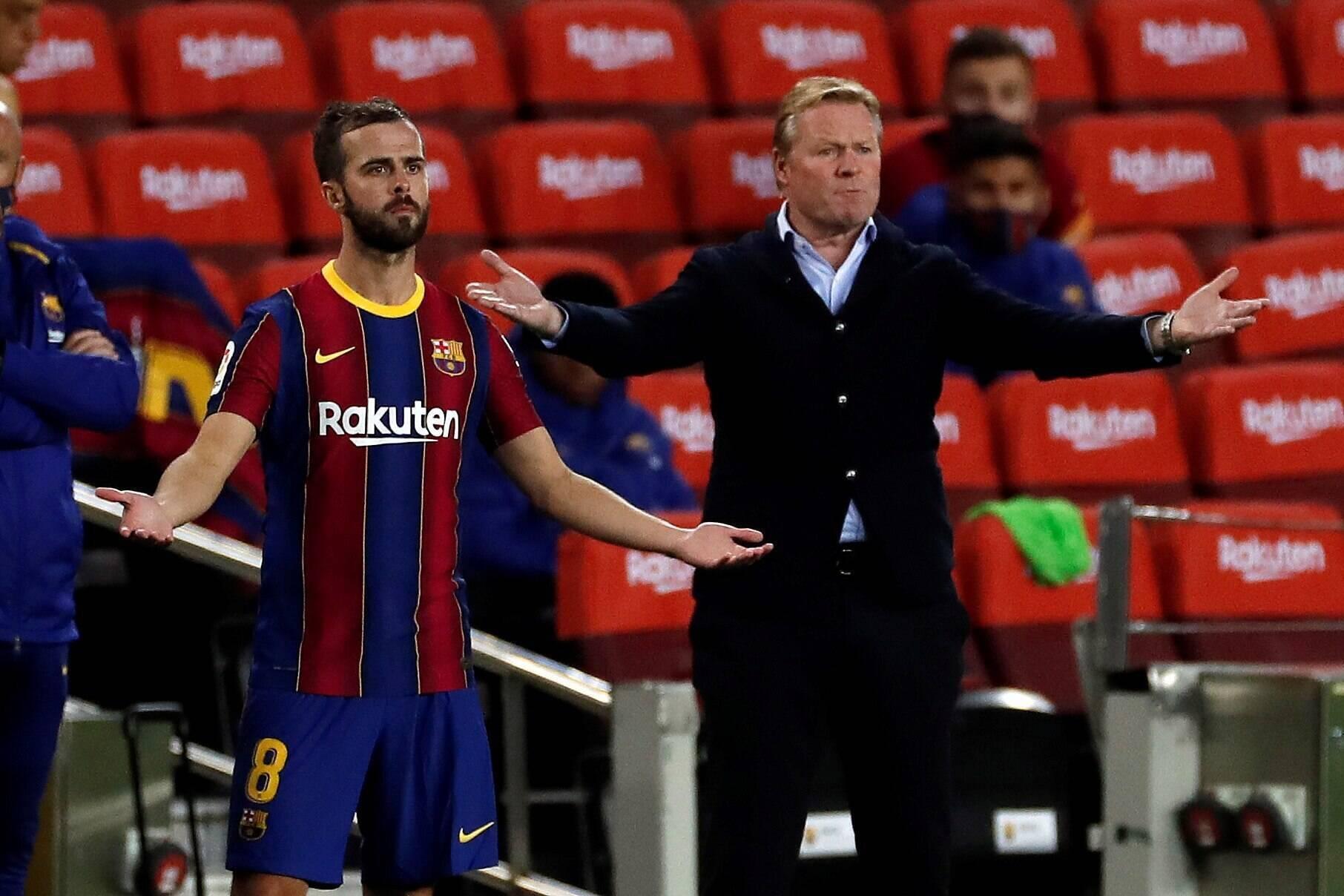 Pjanic không được Koeman trọng dụng ở Barca mùa trước. Ảnh: Football Espana