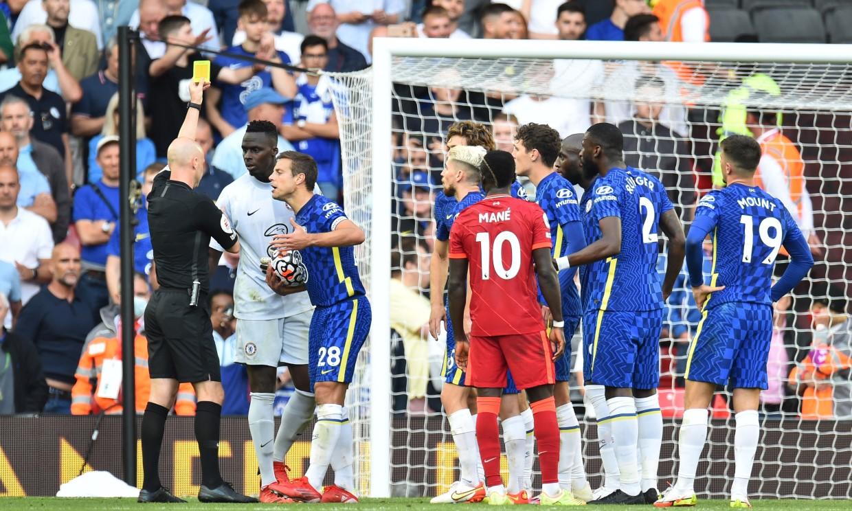 Chelsea có thể thắng trên sân Liverpool nếu không có VAR. Ảnh: Reuters.