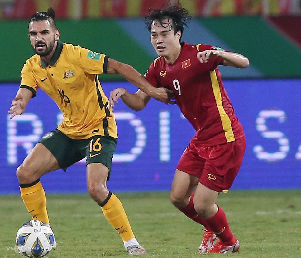 Văn Toàn chơi 45 phút hiệp hai trận gặp Australia nhưng không để lại dấu ấn. Ảnh: Lâm Thoả