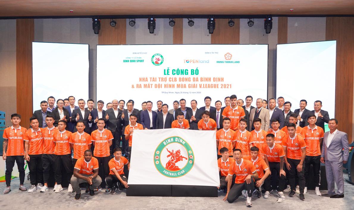 Sự kiện công bố Hưng Thịnh Land và TopenLand tài trợ cho CLB bóng đá TopenLand Bình Định hồi tháng 12/2020. Ảnh: Hưng Thịnh Land