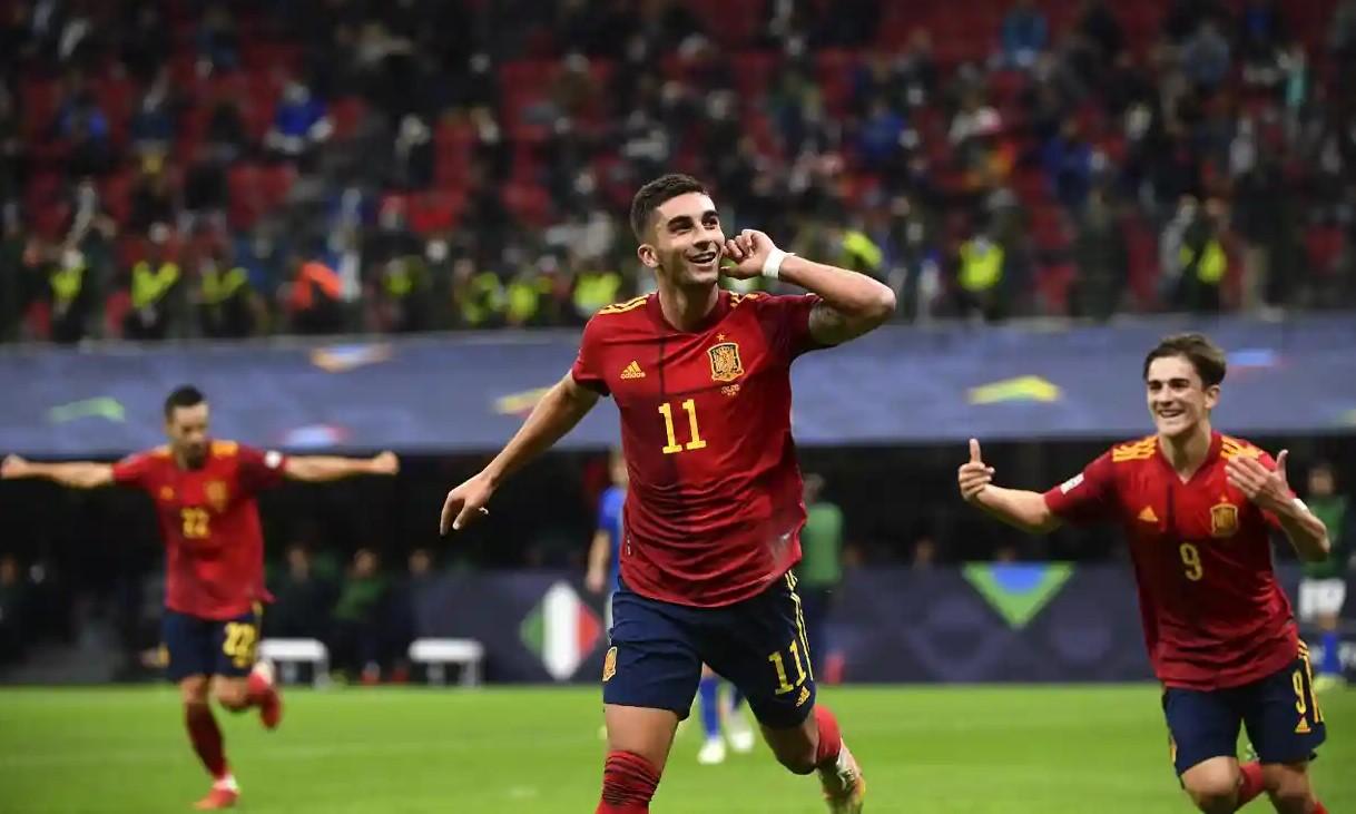 Torres tỏa sáng với hai bàn thắng để giúp Tây Ban Nha vào chung kết Nations League. Ảnh: AFP.