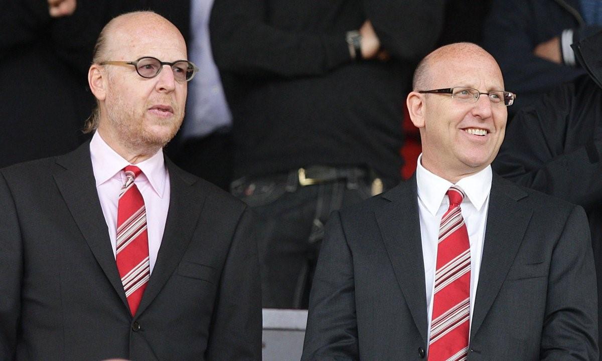 Nhà Glazer đã bán 9% cổ phần Man Utd trong bảy tháng qua. Ảnh: AP.