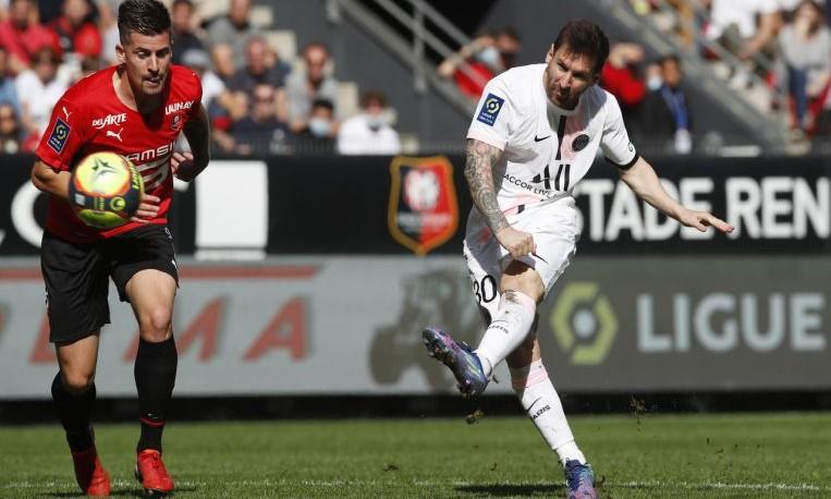 Rami cho rằng Messi bây giờ chỉ còn nguy hiểm ở khả năng chuyền bóng. Ảnh: AFP.