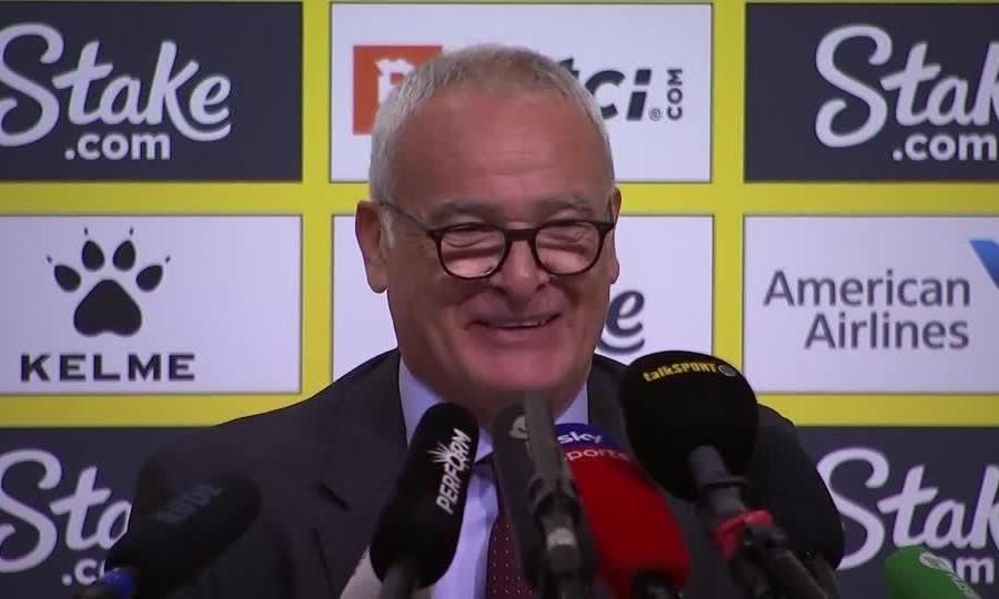 Ranieri trong buổi họp báo đầu tiên trên cương vị HLV Watford. Ảnh: Reuters.